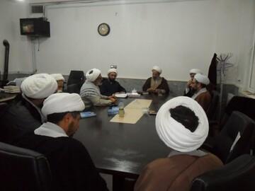 تصاویر/ بازدید کادر مدیریت حوزه علمیه کرمانشاه از مدرسه علمیه هرسین