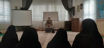 تبیین شاخصههای نماینده اصلح در مدرسه علمیه الزهرا(س) تبریز