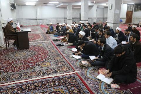 دوره تخصصی فن رثاء و خطابه ویژه طلاب و روحانیون