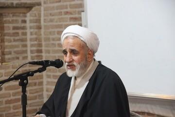 اشتباه جامعه اسلامی از زمانی شروع شد که از اهل بیت علیهم السلام فاصله گرفتند