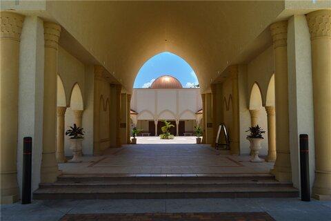 بازدید میان ادیانی دانش آموزان مسلمان و غیرمسلمان در ساراسوتا