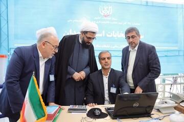 بازدید امام جمعه و مدیر حوزه علمیه همدان از ستاد انتخابات