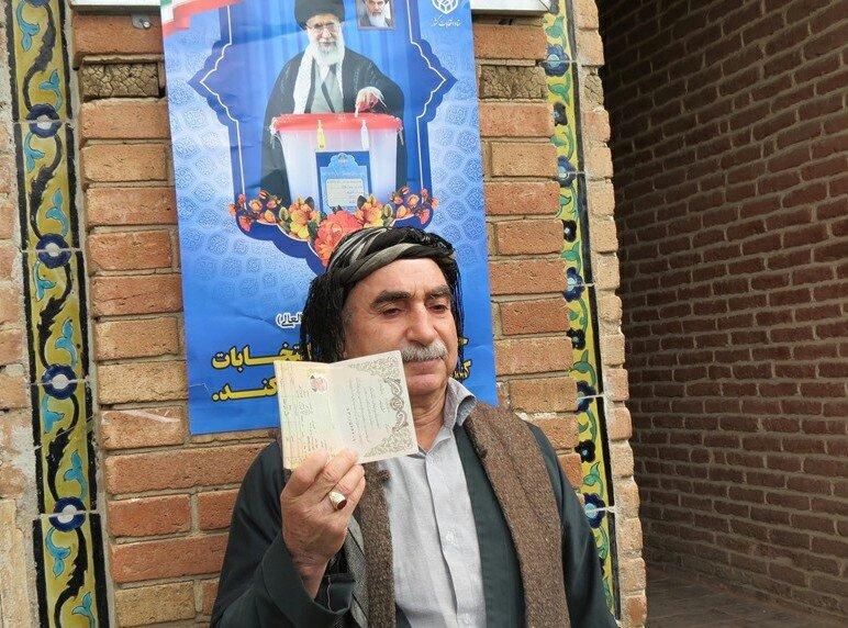 تصاویر/ حضور مردم کردستان در پای صندوق های رأی