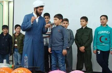 فرزندان ممتاز تحصیلی روحانیون سنندج و کامیاران تجلیل شدند