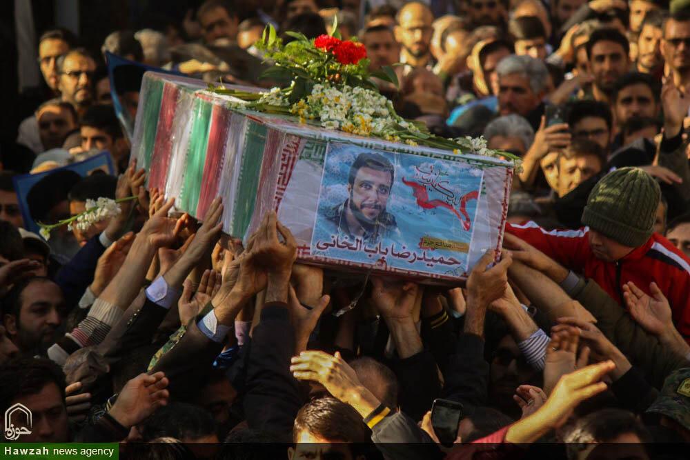 تصاویر/ مراسم تشییع پیکر شهید مدافع حرم در اصفهان
