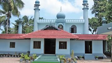 چراغ یک مسجد باستانی در هند از هزار سال پیش روشن است