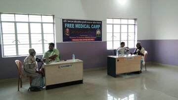 خدمات رایگان درمانی به پیروان ادیان مختلف در هند به یاد شهید سلیمانی