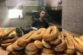 Israel closes 60-year-old Jerusalem bakery for distributing bread to Muslim worshippers