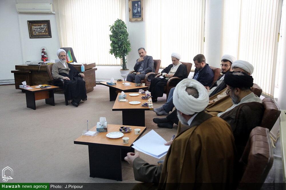 تصاویر/ جلسه مدیران مرکز مدیریت حوزه های علمیه با آیت الله اعرافی