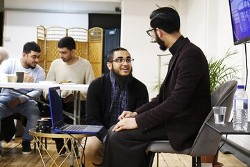 سازمان ایمان؛ نهادی برای ارتباط جوانان مسلمان لندن با دین
