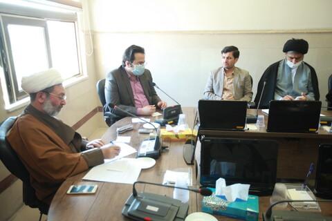فیلم  نشست ستاد حوزوی مدیریت بحران با رؤسای بیمارستانهای فرقانی و کامکار
