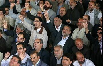 تعطیلی نمازجمعه در سمنان/ نماز عید فطر در حیاط مساجد برگزار میشود