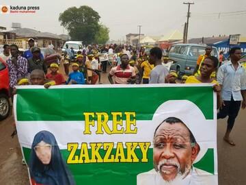 مردم شهر ابوجا برای آزادی شیخ زکزاکی تظاهرات کردند + تصاویر