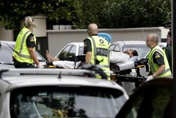 در رادیو نیوزیلند خبرنگاران از حمله به مساجد میگویند