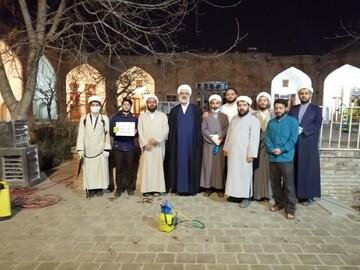 طلاب جهادی در کمک رسانی به هموطنان پیشگام اند