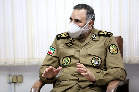 دیدار فرمانده نیروی زمینی ارتش با آیت الله اعرافی