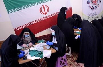 بانوان طلبه استان فارس از قافله خدمت رسانی جهادی جا نماندند