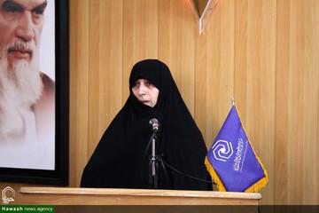 تقدیر مدیر حوزه علمیه خواهران همدان از پدر شهیدان حجازی