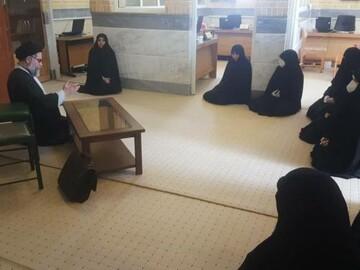 بازدید مدیر جامعه الزهرا (س) از مرکز آموزش مجازی و غیرحضوری/ قدردانی از ستاد آموزش از راه دور