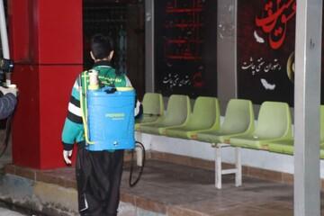 تصاویر شما/ ضدعفونی سطح شهر توسط طلاب جهادی مدرسه علمیه امام صادق(ع) محمودآباد