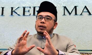 سازمان امور اسلامی مالزی به تعطیلی ۱۰ روزه مساجد رضایت داد