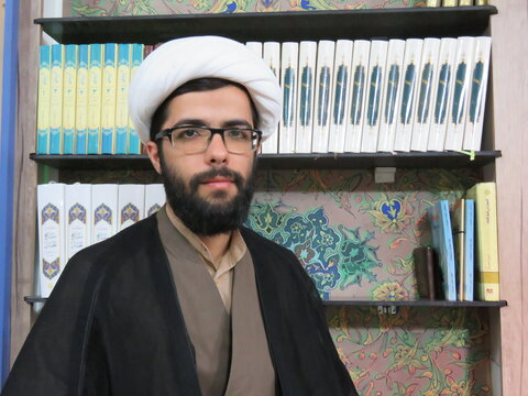 مسلم منفرد