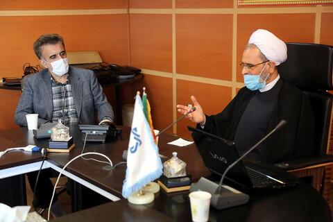نشست آیت الله اعرافی با رئیس دانشگاه علوم پزشکی قم