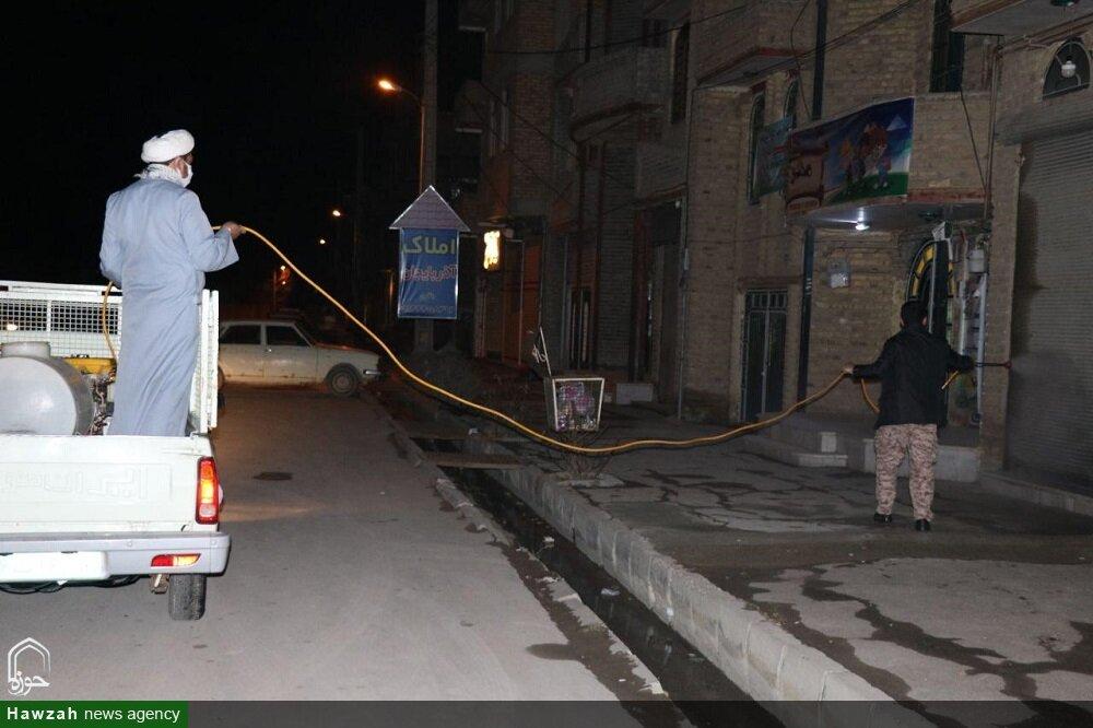 تصاویر/ ضدعفونی معابر شهر ارومیه به همت طلاب و روحانیون