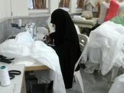 دوخت و توزیع ۶ هزار ماسک و لباس پزشکان، خدمتی از بانوان طلبه