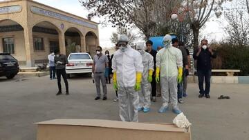 کفن و دفن اموات کرونایی توسط طلاب جهادی پیشوا + عکس