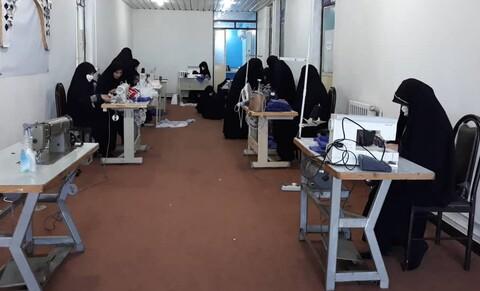 کارگاه تولید ماسک در حوزه علمیه اندیمشک - کراپشده