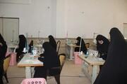 تصاویر/  بازدید مدیر حوزه قزوین از قرارگاه جهادی حضرت خدیجه (س) مرکز خدمات حوزه