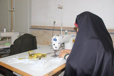 تصاویر/ بازدید مدیر حوزه علمیه قزوین از قرارگاه جهادی حضرت خدیجه (س) مرکز خدمات حوزه علمیه قزوین