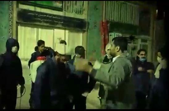 فیلم | طلاب و بسیجیان جهادی شهر کرمان پای کار مبارزه با کرونا