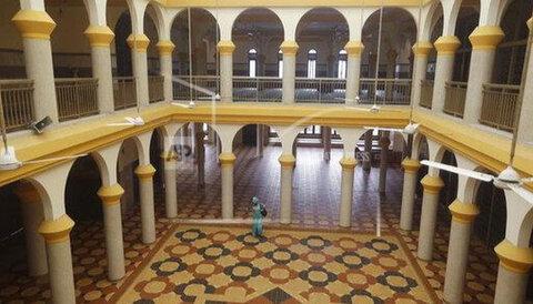 مسجد مرکزی لاگوس، نیجریه دو هفته تعطیل شد