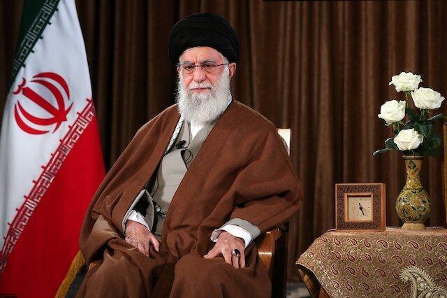 Ayatollah Khamenei: US officials are charlatans and terrorists