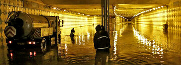 خسارت سنگین آبهای سطحی به شبکه و تاسیسات فاضلاب شهر قم