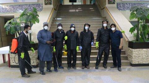 طلاب جهادی پای کار مبارزه با ویروس کرونا