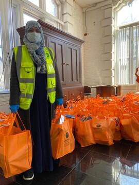 توزیع بسته حمایتی مسلمانان آمریکا میان نیازمندان در بحران کرونا + تصاویر