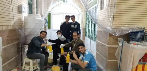 تصاویر/ فعالیت جهادگران مسجد امام حسن مجتبی (ع) کوی شهید خاندایی کاشان درتوزیع اقلام بهداشتی و ضد عفونی