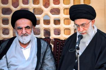 بالصور/ الفقيد آية الله السيد جعفر كريمي برفقة قائد الثورة الإسلامية