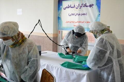 ممثل الولي الفقيه في محافظة أذربيجان الغربية يتفقد ورشة صناعة الكمامات