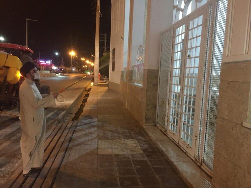 امام جمعه ای که مساجد اهل سنت را ضدعفونی کرد