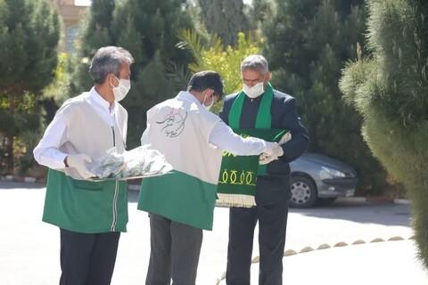 مبارزان خط مقدم استان یزد میزبان پرچم مطهر رضوی