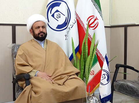 مدیر کل مرکز خدمات استان گیلان