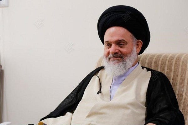 فیلم | پیام تصویری آیت الله حسینی بوشهری به طلاب جهادی