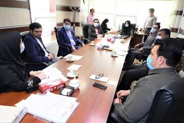 تاکید رئیس دانشگاه علوم پزشکی شیراز بر افزایش همدلی در مقابله با کرونا