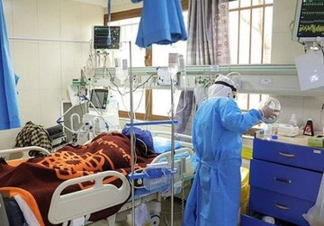 با خدمت به بیماران کرونایی احساس آرامش میکنم