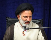 مسئول نهاد رهبری در دانشگاه علوم پزشکی قم از آیت الله اعرافی تقدیر کرد