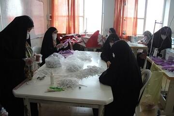تصاویر/ تولید روزانه 4000 ماسک بهداشتی  توسط خواهران بسیجی  در دانشگاه بقیه الله (عج) قزوین